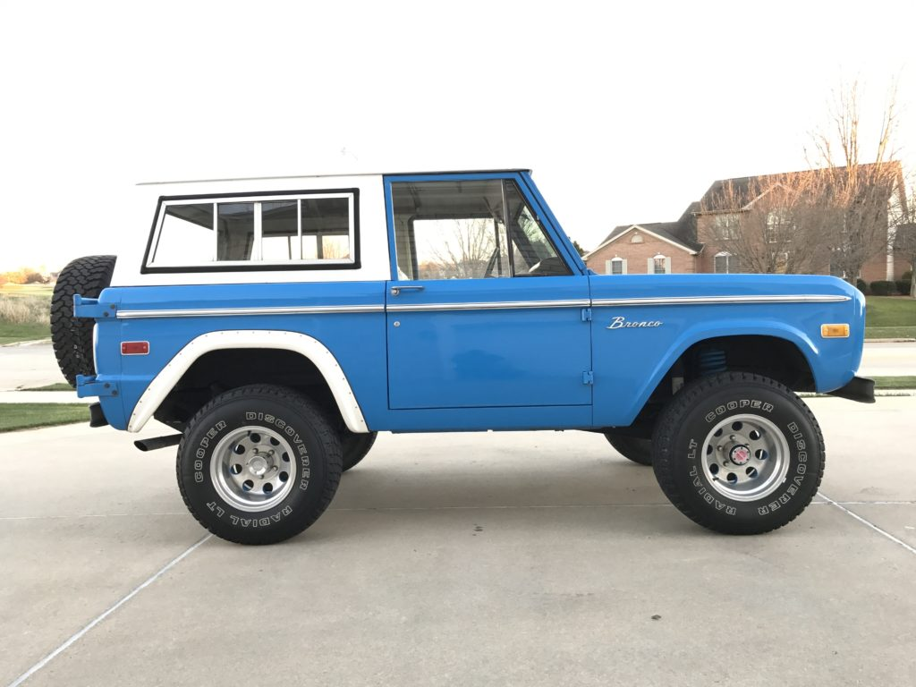 8 Things To Consider When Buying A Classic Ford Bronco Maxlider Brothers Customs