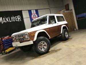 1977 Ford Bronco Brown White